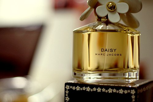 marc jacobs daisy edt spray